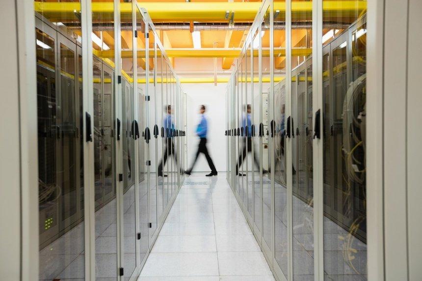 servidor en la oficina y sus riesgos